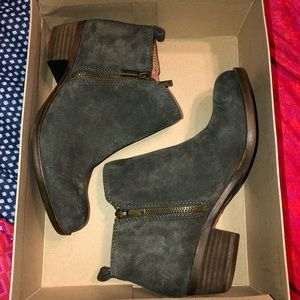 Lucky Brand Basel Booties size 6